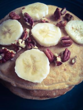 Peanut Butter, Banana, and Pecan Pancakes